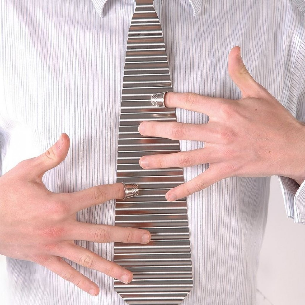 TROPHY MUSICAL INSTRUMENTS Washboard Tie