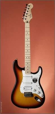 FENDER Standard Stratocaster HSS MN BSB Elektrická kytara