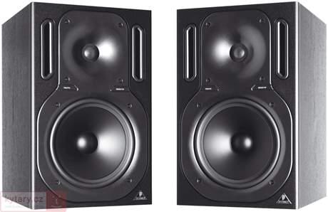 BEHRINGER B2031P Pasivní studiové monitory