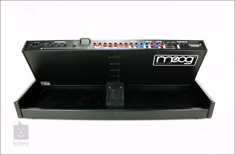MOOG Minimoog Voyager - Electric Blue Analogový syntezátor