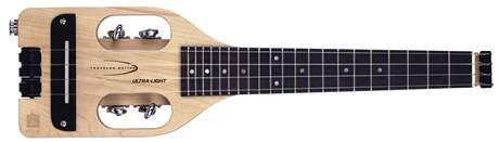 TRAVELER GUITAR Ultra Light Ukulele Natural Maple Cestovní ukulele