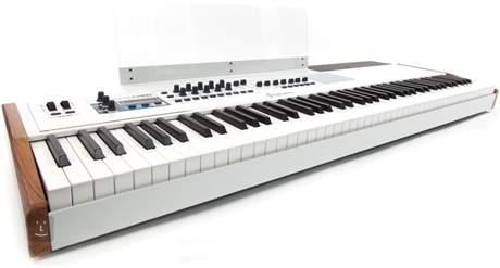 ARTURIA KeyLab 88 USB/MIDI keyboard