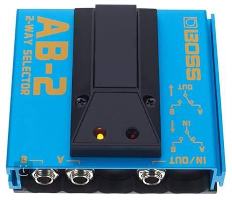 BOSS AB 2 Signálový přepínač