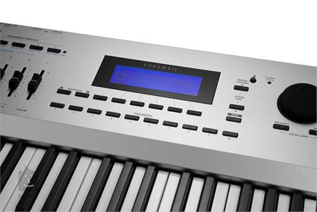 KURZWEIL ARTIS 7 Přenosné digitální stage piano