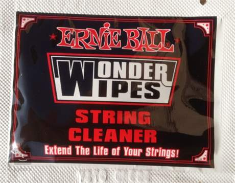 ERNIE BALL Wonder Wipes String Cleaner 20-Pack Kytarová kosmetika