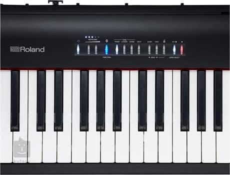 ROLAND FP-30 BK Přenosné digitální stage piano