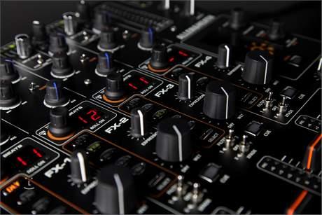 ALLEN&HEATH XONE:DB4 DJ mixpult
