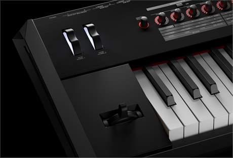 ROLAND RD-2000 (použité) Přenosné digitální stage piano