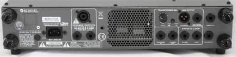 AMPEG SVT-3PRO Baskytarový hybridní zesilovač