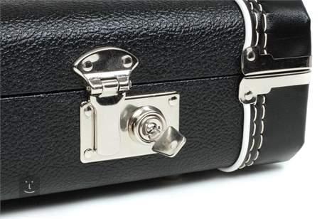 FENDER Multi-Fit Case, Standard Black w/ Black Acrylic Interior MUS/JAG/CYC Kufr pro elektrickou kytaru