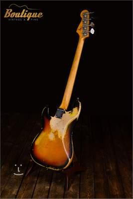 FENDER 1965 Precision Bass Elektrická baskytara