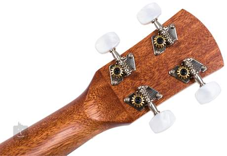 LAKA VUC50EA Elektroakustické ukulele