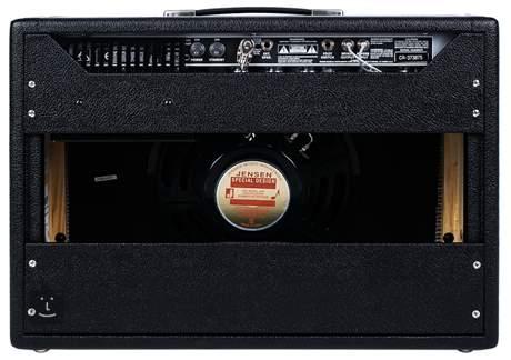 FENDER 64 Custom Deluxe Reverb Kytarové lampové kombo