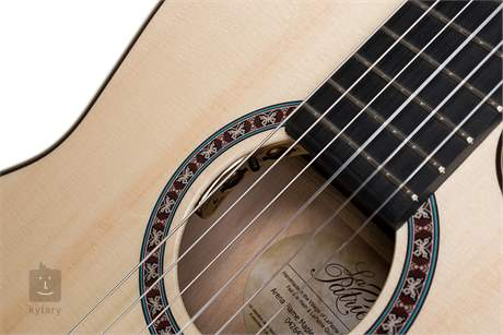 LA PATRIE Arena Flame Maple CW Crescent II Klasická elektroakustická kytara