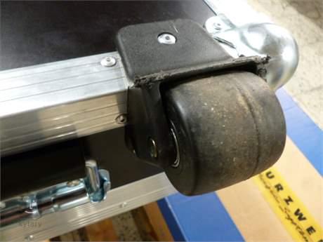 TRANSPORT-CASE Flight Case 88 (použité) Klávesový kufr