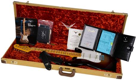 FENDER Postmodern Stratocaster Journeyman Relic Wide Fade 2TS Elektrická kytara