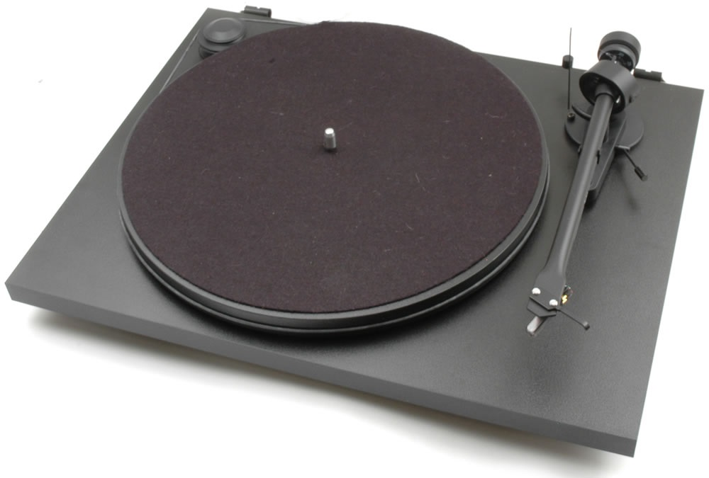 Pro-Ject ESSENTIAL II + OM 5E - BK