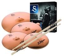 S Performer Cymbal Set + 5 Paar Zildjian Drumsticks gratis